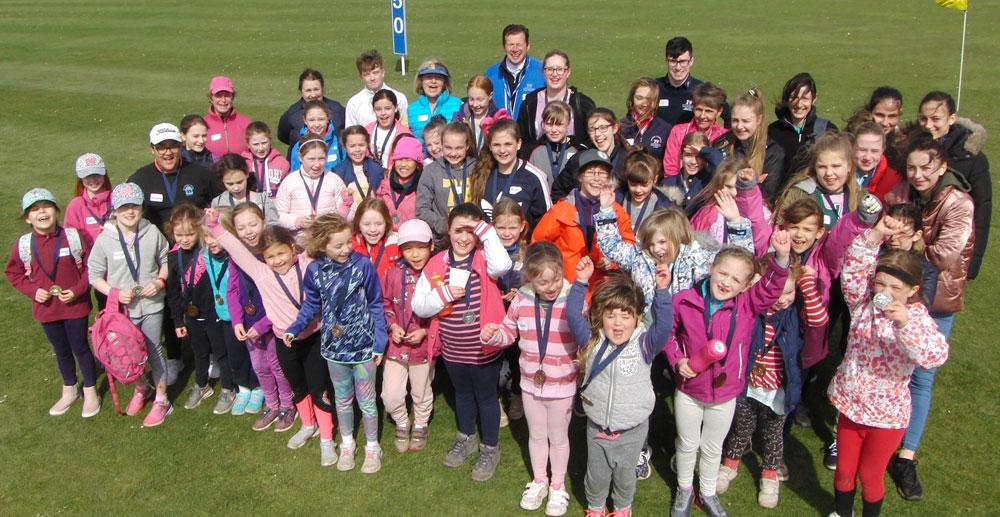 girls fun golf